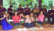 Mo lam (folk song)